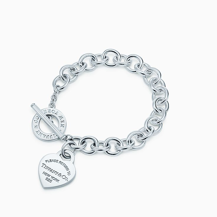 Return to Tiffany™ 系列:心形吊饰针扣手链