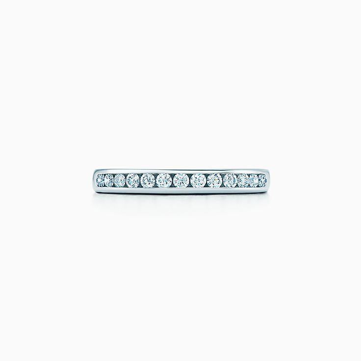 Tiffany® 镶钻结婚戒指