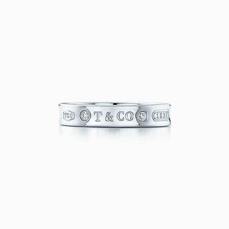 Tiffany 1837® 系列:窄式戒指