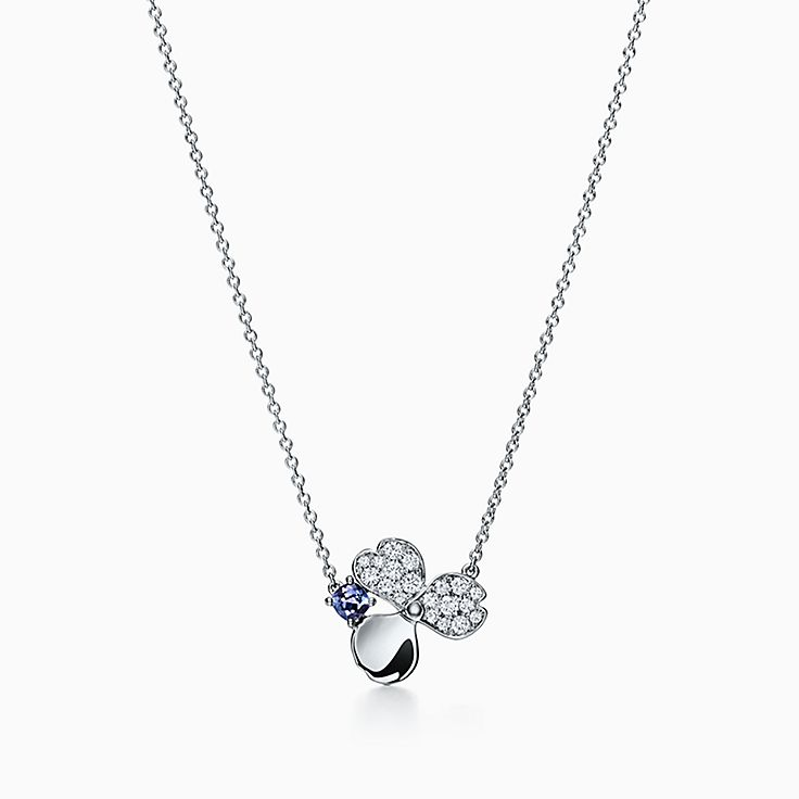 Tiffany Paper Flowers™ 花韵系列:钻石及坦桑石花朵项链