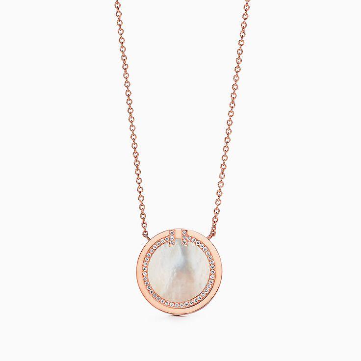 Tiffany T 系列:18K 玫瑰金镶嵌珍珠母贝和钻石 T Two 圈形项链,40.6-45.7 厘米