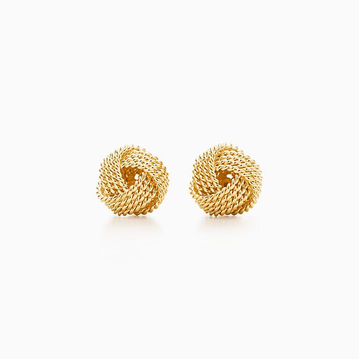 Tiffany Twist: 蝴蝶结耳环。