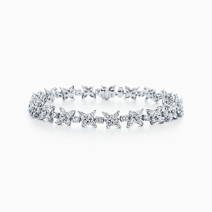 Tiffany Victoria™ 系列:花簇手链